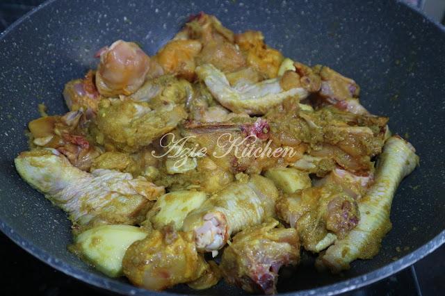 Ayam Masak Lemak Kuning Azie Kitchen