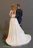 statuine realistiche sposi su commissione per torta nuziale milano abito sposa bionda reale orme magiche