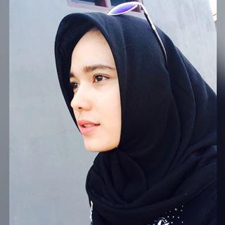 Model Wanita Hijab Cantik