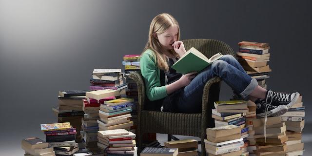 kepoin buku yang diperlukan pada semester depan