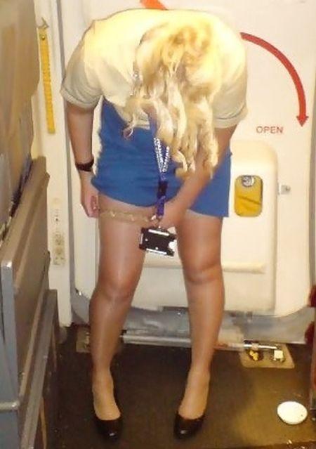 Female Flight Attendants Having Fun  Damn Cool Pictures