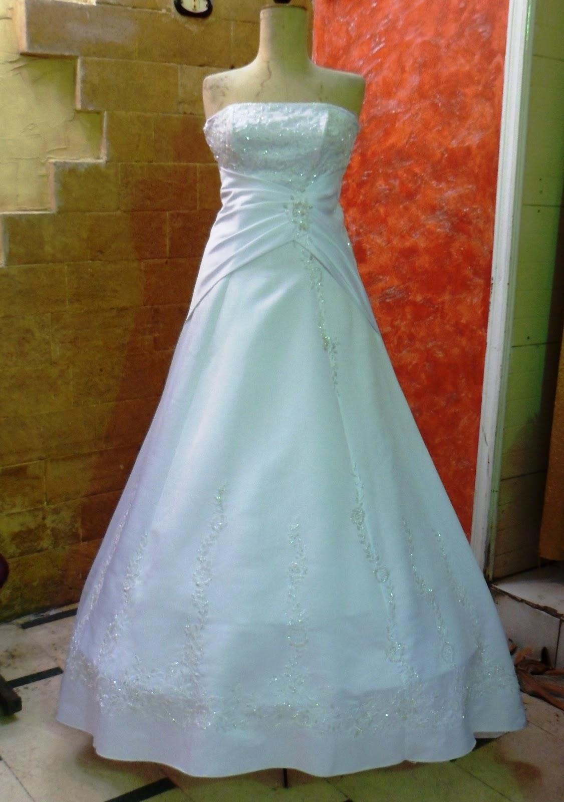فستان فى منتهى الرقه والهدوء