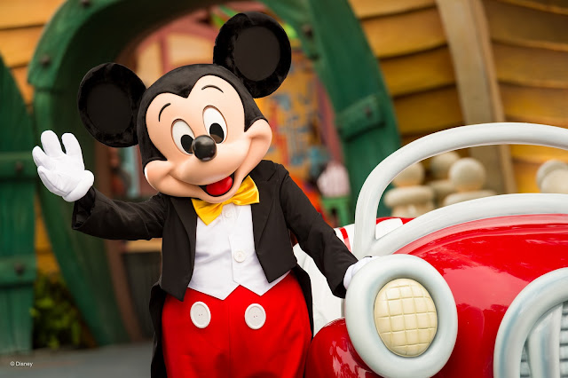 90 anos mickey mouse