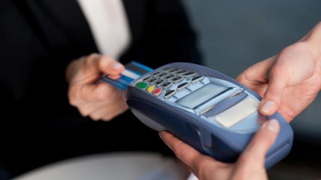 Jövőre mindenhol lehet majd bankkártyával fizetni, ahol van online pénztárgép
