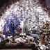 Luzes natalinas embelezam residência