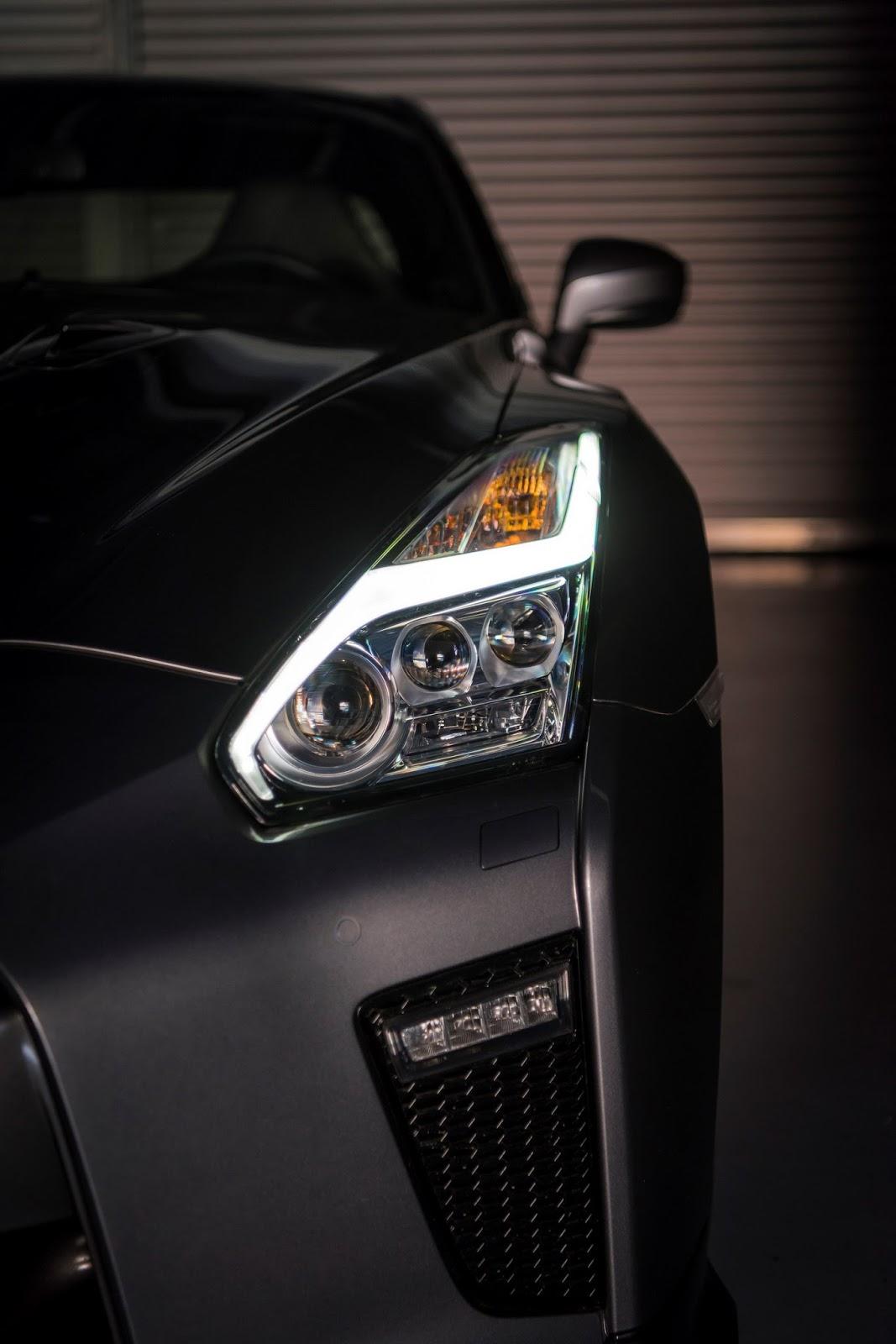 Nissan GT-R 2017 có giá bắt đầu 2,6 tỷ đồng