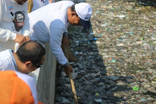 Hindari Banjir Di Musim Hujan Warga Di Minta Untuk Bersih-Bersih Saluran Air