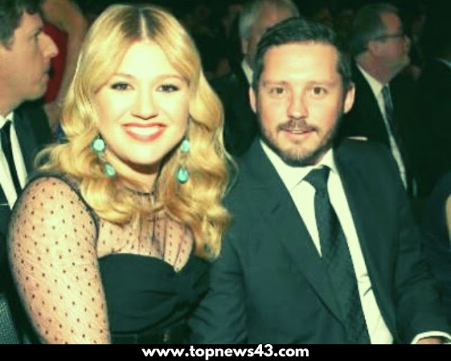 Kelly Clarkson Has Filed For Divorce From Husband Blackstock