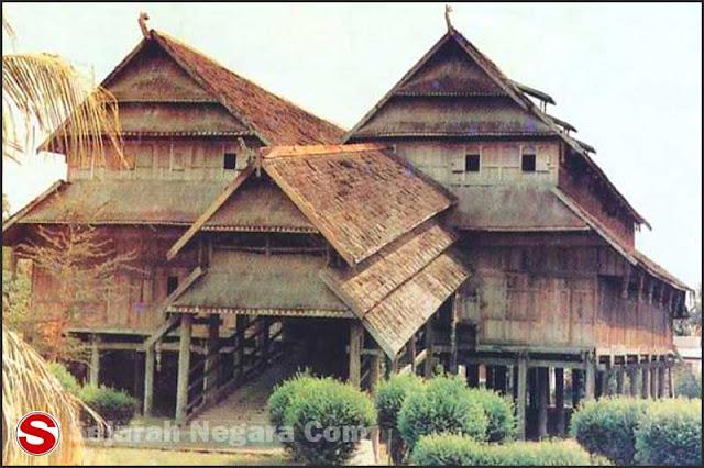 Foto Desain Rumah adat Loka NTB