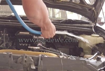 Cara membersihkan mesin mobil avanza