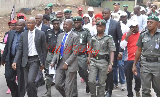 "REVEALED: EFCC Boss, Ibrahim Magu's Job Threatened, Hurriedly Returns ""Corrupt"" Friends To NPF, Police Source Says"
