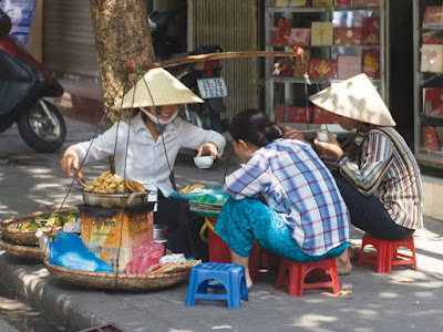 Baskets of street vendors- Never 1old to Hanoi