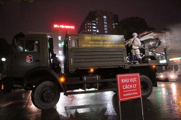 Phải tìm cho được 40.000 người ra vào ổ dịch Bệnh viện Bạch Mai