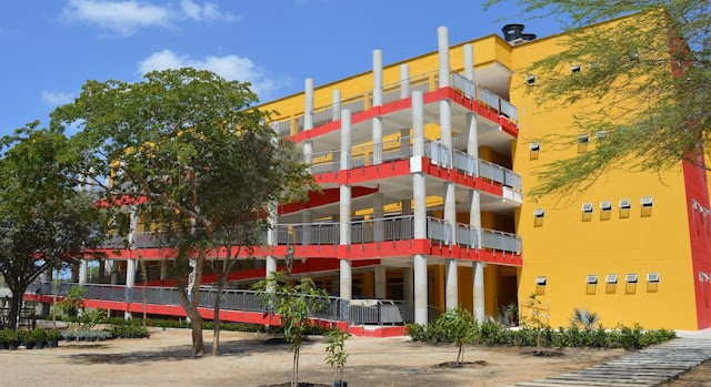 Uniguajira recibe visita del CNA para acreditación del programa de Maestría en Ciencias Físicas
