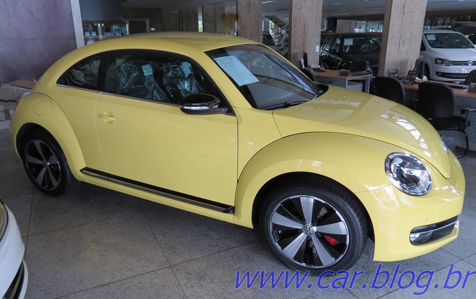 Novo Caro Da Volkswagen >> Volkswagen Fusca 2.0 Turbo 2013 chega às concessionárias com preço de R$ 88.883 reais   CAR.BLOG.BR