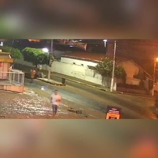Vídeo flagra detentos pulando muro e fugindo da cadeia na Paraíba; assista