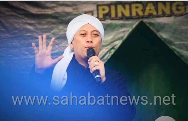 Konser Di Pinrang, Opick Ajak Masyarakat Doakan Almarhum Ustadz Arifin Ilham