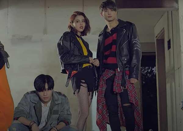 han so-hee dalam video musik SHINee
