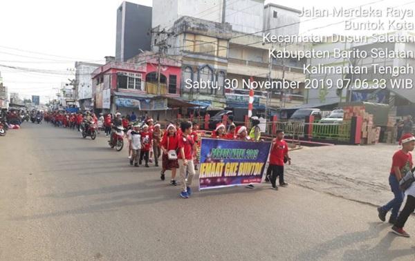 Pelayanan Prima, Satlantas Polres Barsel Kawal Parade Natal