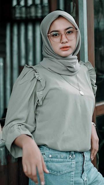21 Beautiful Muslim Angel Wallpaper Images in Hijabs for Android and iPhone   Bidadari Muslimah Cantik Berjilbab