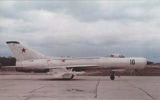 Un Su-11 Fishpot a terra.