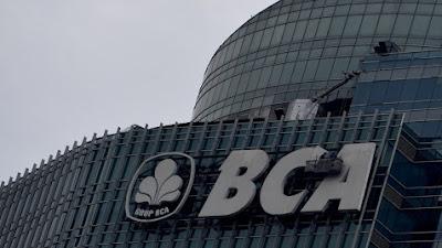 """Wadir BCA  """"Suwignyo Budiman"""" : Dampak Teknologi Mungkin Teller hingga CS Akan Hilang"""