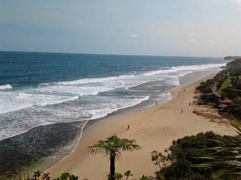 Pantai Sepanjang Gunungkidul, Pantai Kuta-nya Yogyakarta