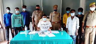 चोरी की मोबाइल के साथ आधा दर्जन गिरफ्तार, पांच मोबाइल, नकदी बरामद  #NayaSaveraNetwork