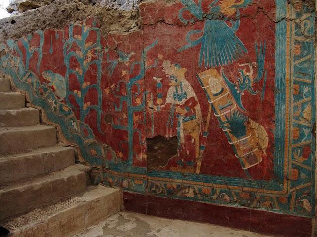 """En las excepcionales pinturas murales se representan personajes como el """"Hombre ave"""" y """"Jaguar"""". Foto: Mauricio Marat. INAH"""