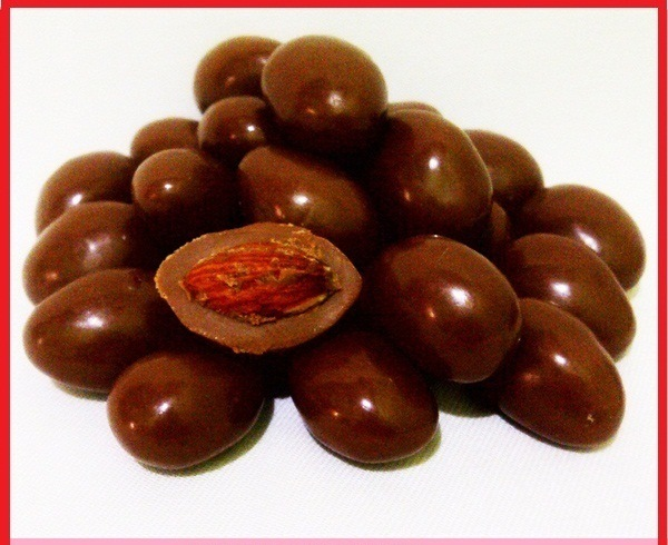 Image Result For Coklat Delfi Almond