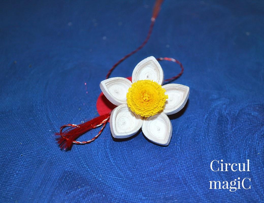 Flori de iasomie - martisor cu ac de brosa - Circul Magic
