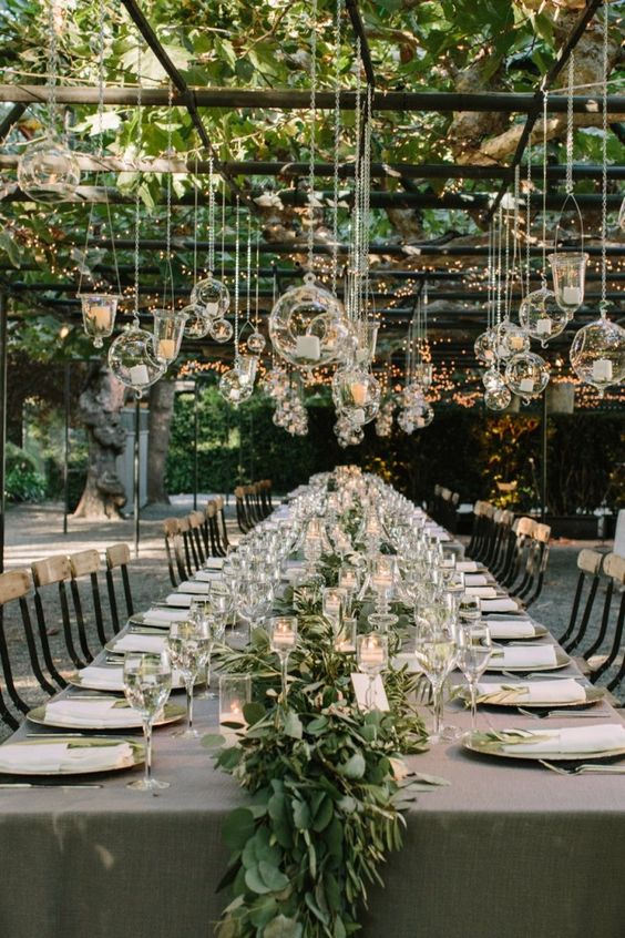 7 Lifesaving Tips for Choosing a Wedding Venue :: New York City weddings and beyond :: Effortlessly with Roxy