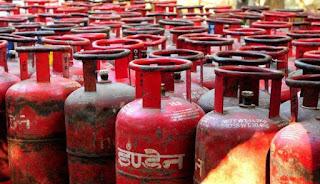 एक और झटका, घरेलू रसोई गैस 25 रुपए महंगी हुई