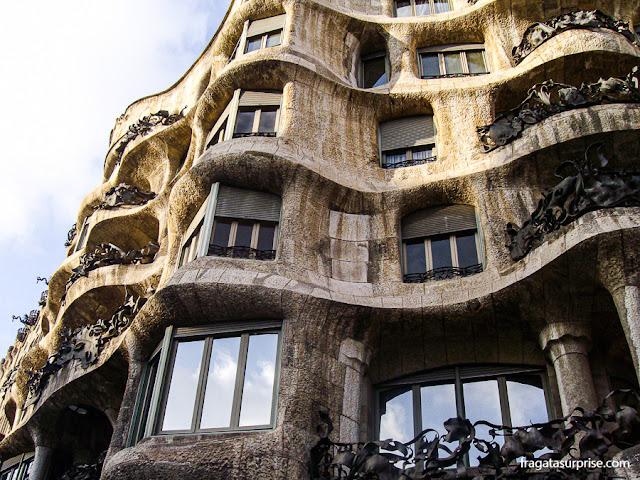 La Pedrera, uma das obras mais famosas de Gaudí, no Passeig de Gràcia, em Barcelona