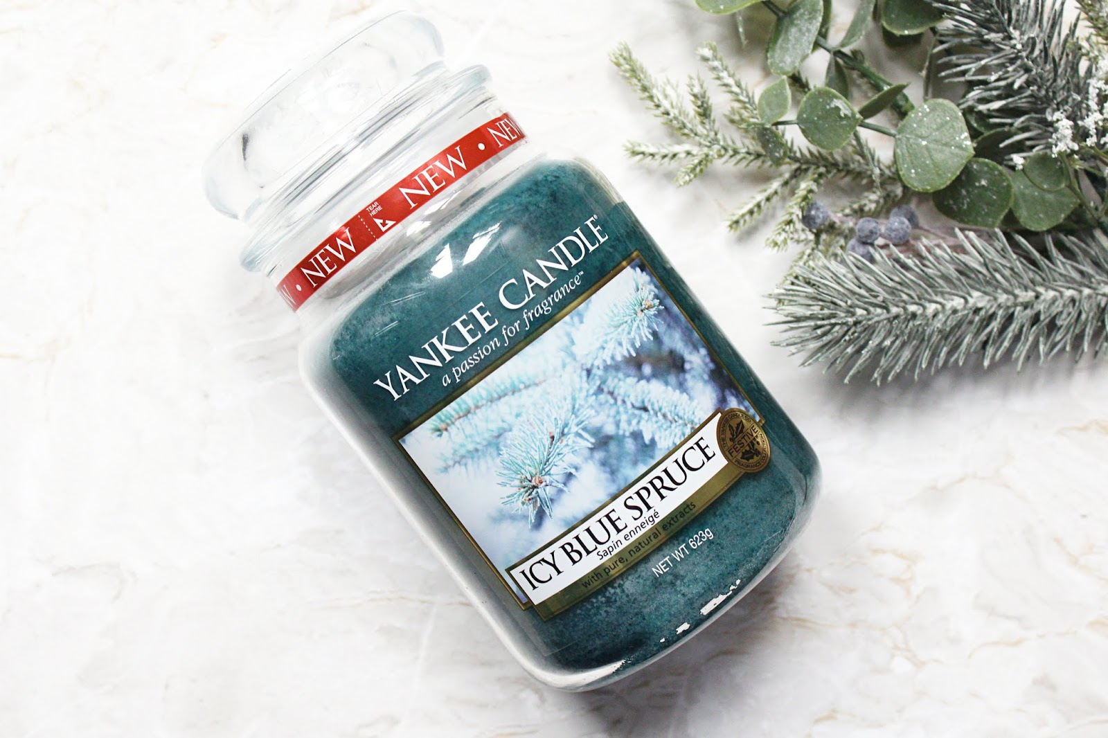 Yankee Candle Icy Blue Spruce Candle Review