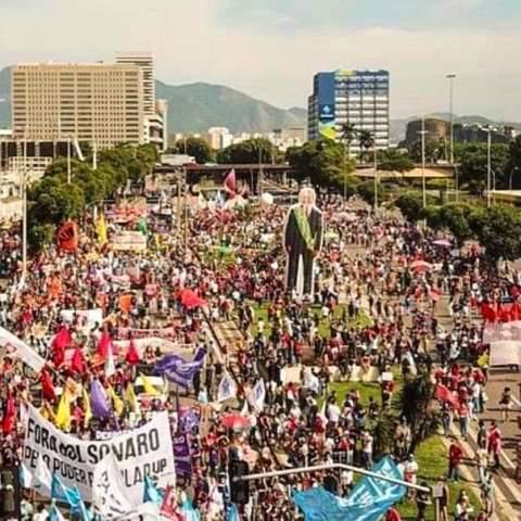 Ato contra o presidente Jair Bolsonaro no Rio de Janeiro.