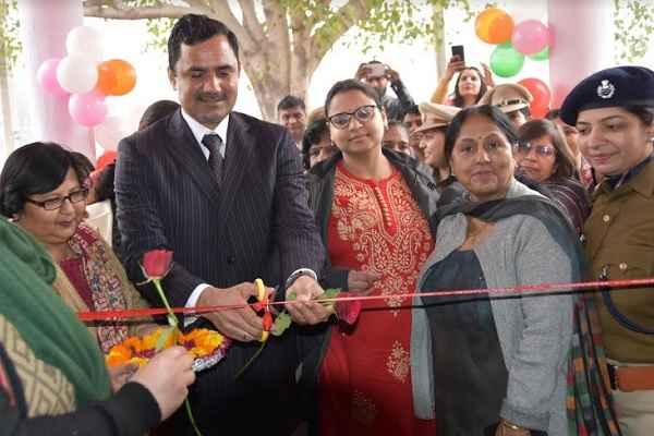 faridabad-dc-yashpal-yadav-inaugurate-one-stop-center-shani-mandir-chowk-nit-3