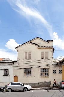 GIRAMUNDO - CASA RUA POUSO ALEGRE 282