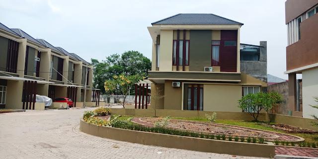 Taman di Karya Kasih Mansion rumah mewah, aman, tenang di tengah kota dekat Carrefour Padang Bulan Medan Sumatera Utara