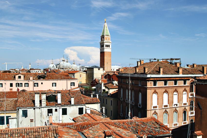 Scala Contarini del Bovolo — najsłynniejsza klatka schodowa Wenecji