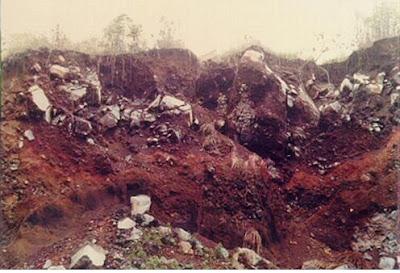 Foto Endapan Setelah Gigantic Landslide Galunggung
