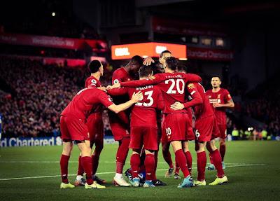 فريق ليفربول صورة
