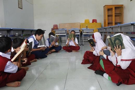 Ummi Method and Qiroati in Quran Learning