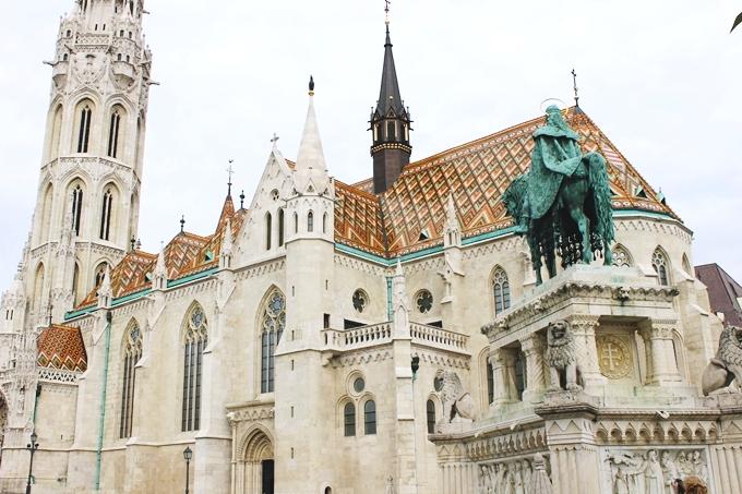 Budapest sightseeing tour, Matthias church.Budimpesta aranzman, Matejina crkva.
