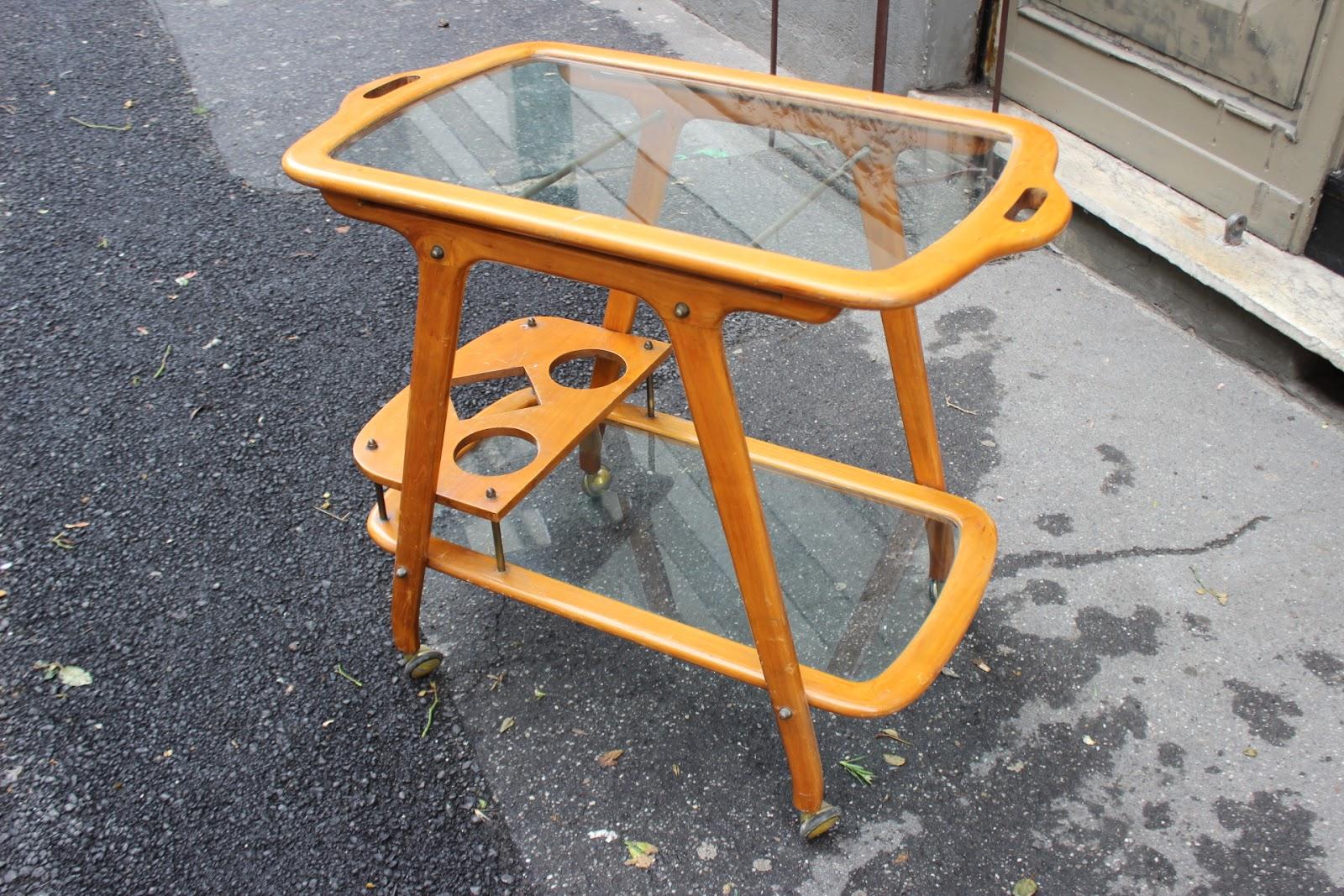 Vassoi In Legno Con Vetro : Vintage carrello bar in legno con vetri a vassoio scomponibile di