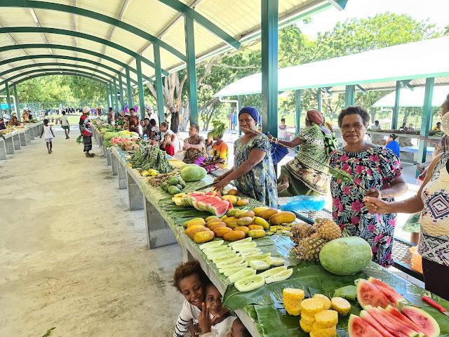Kaugere fruits and vegetable market Port Moresby
