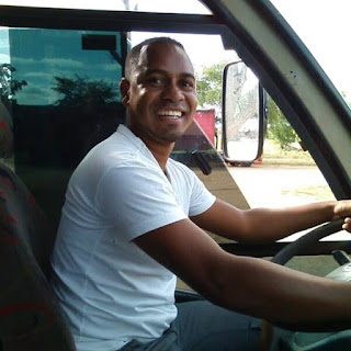 Robson  Seles Ribeiro, 34 anos (Robinho)
