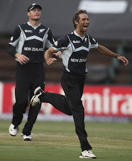 Grant Elliott 4-31 - England vs New Zealand 10th Match ICC CT 2009 Highlights