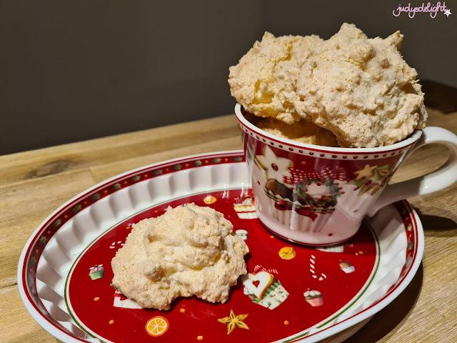 weihnachtliche Kokosmakronen nach dem Rezept meiner Oma