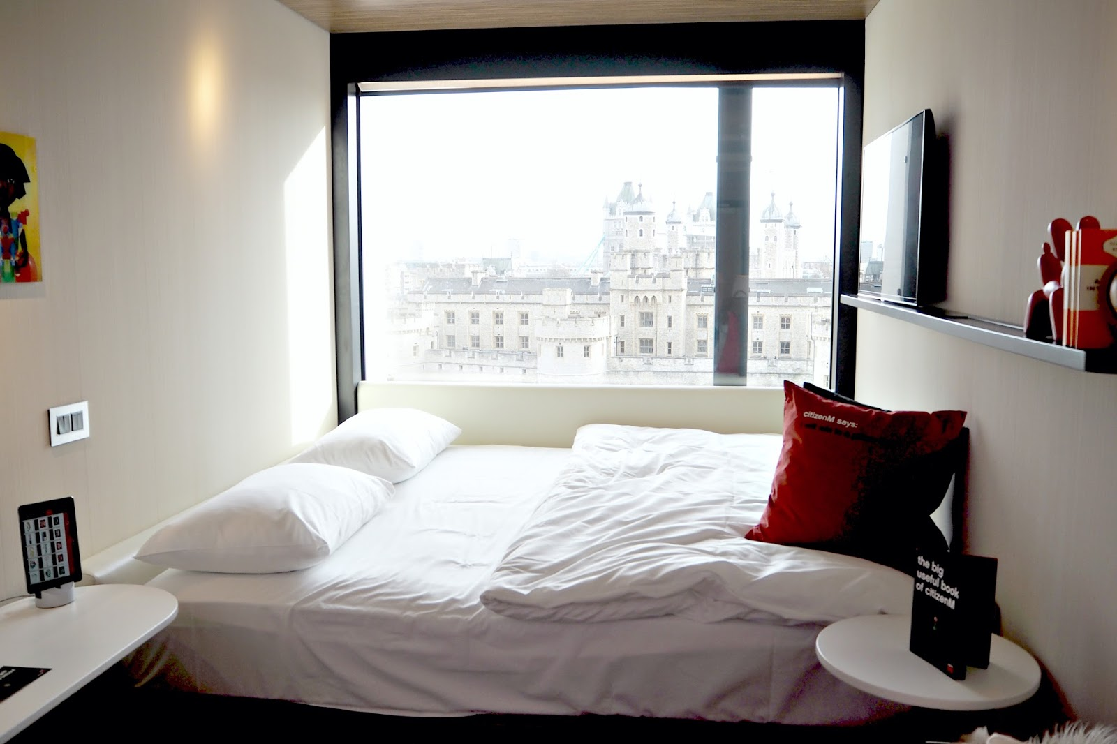 Citizen M Hotel, Tower of London, bedroom